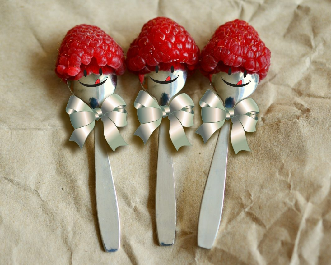 Tęsknota za formą, czyli domowy serek truskawkowy :)